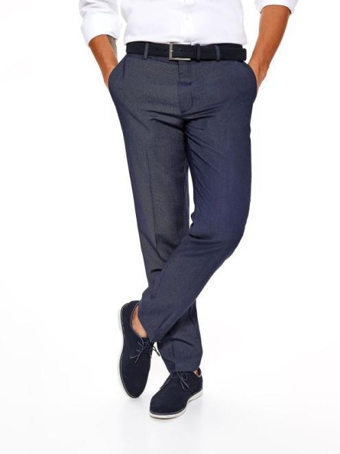 TOP SECRET  spodnie męskie eleganckie od garnituru ze strukturalnej tkaniny SSP2790 Брюки Темносиний оптом