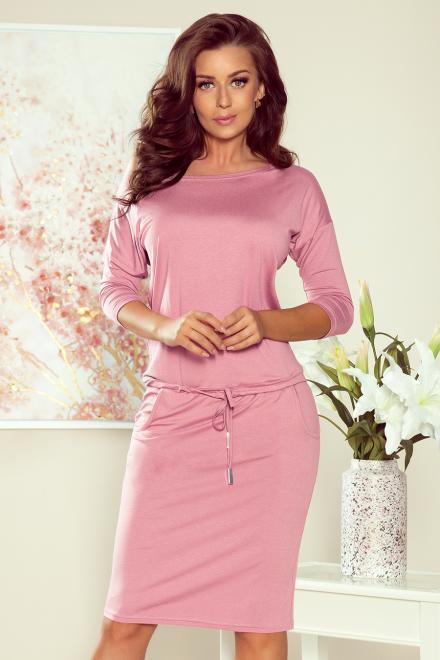 Numoco  13-132 Sukienka sportowa z wiązaniem i kieszonkami Платье pastelowy róż оптом