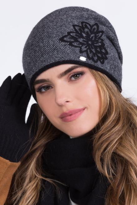 Kamea  ~Czapka model 149853 Kamea шапка черный оптом