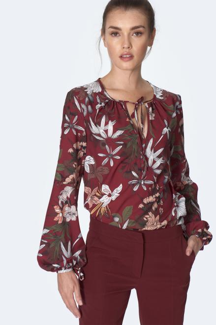 Nife  Bordowa bluzka z wiązaniem na dekolcie w kwiaty - B127 Блузка kwiaty/bordo оптом