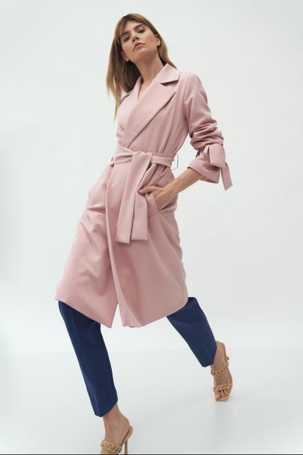 Nife  Różowy płaszcz z wiązanymi rękawami - PL13 Куртка Розовый оптом