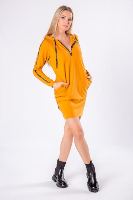 BODOO  dzianinowa sukienka z kapturem i lampasami na rękawach M81659 Платье Желтый оптом