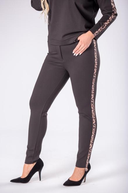 OLA FASHION  eleganckie spodnie z ozdobnymi lampasami M81154 Брюки Черный оптом