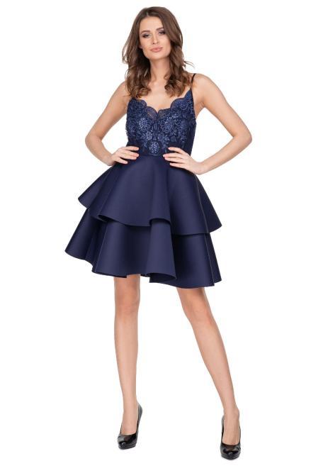 MARI MARI  koktajlowa sukienka z falbanami i haftowaną górą z cekinami M76524 Платье Темносиний оптом