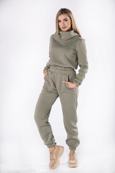 FLUO  bawełniany dres z bluzą typu crop top i wysokim kołnierzem M82349 Трикотажные брюки Зеленый оптом
