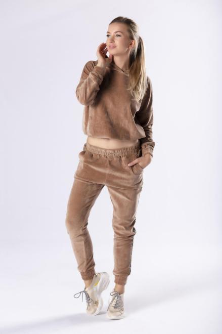 welurowy dres z lampasami M81089 Трикотажные брюки Коричневый оптом