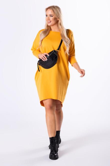 IMIOŁCZYK  dzianinowa sukienka z wydłużonym tyłem M82826 Платье Желтый оптом