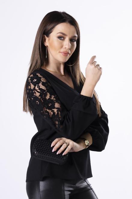 Bien Fashion  bluzka z koronką na rękawach M83025 Блузка Черный оптом