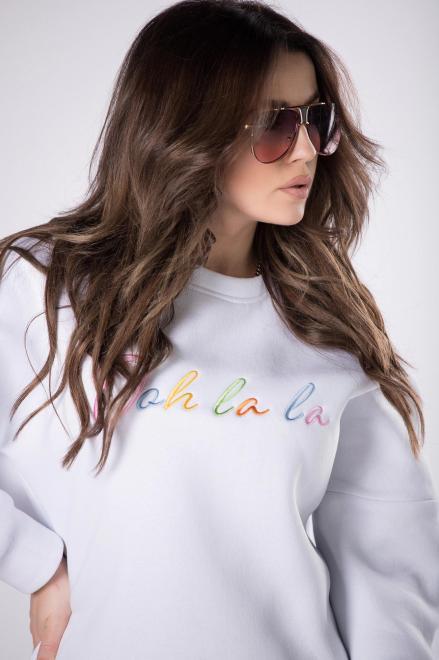 OOH LA LA  sportowa bluza z wyszywaną aplikacją M83341 Блуза Белый оптом