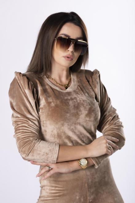 OOH LA LA  welurowa bluzka z bufkami M83104 Блузка Бежевый оптом
