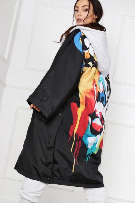 MISS CITY OFFICIAL  płaszcz z nadrukiem na plecach M83596 Плащ Черный оптом
