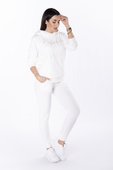 BESQUAR  welurowy dres z wyszywanym napisem M84684 Трикотажные брюки Кремовый оптом