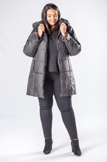 Bergamo  pikowana kurtka o dłużyszm kroju z kapturem M81100 Куртка +Size Черный оптом