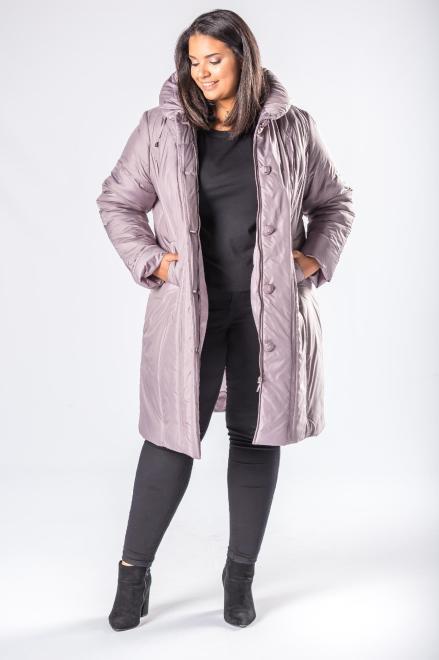 Bergamo  taliowana kurtka o dłuższym kroju z kapturem i ozdobnymi guzikami M81101 Куртка +Size Серый оптом
