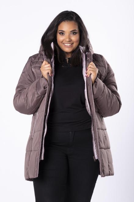 Bergamo  pikowana kurtka o dłuższym kroju z kapturem M80918 Куртка +Size Коричневый оптом