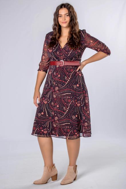 WESLEY  rozkloszowana sukienka z kopertowym dekoltem i paskiem w talii M80963 Платья +Size Черный оптом