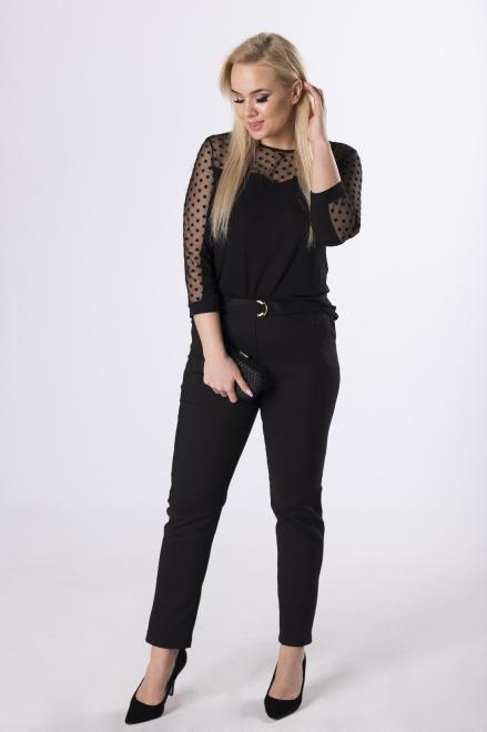 HALINA  bluzka z welurowymi groszkami na rękawach  M83059 Блузки +Size Черный оптом