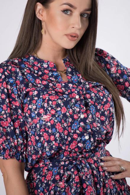 MILANO MODA  wzorzysta sukienka z falbankami M84394 Платья +Size Темносиний оптом